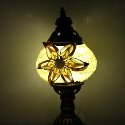 トルコのスタンドランプS (直立) 電池式LED イエロー&ホワイトシェル