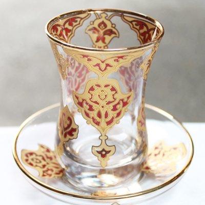 トルコのチャイグラス&ソーサー ラグジュアリーレッド&ゴールド