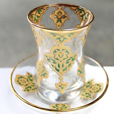 トルコのチャイグラス&ソーサー ラグジュアリーグリーン&ゴールド