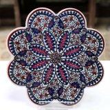 キュタフヤ陶器の鍋敷き ホワイト&ネイビー・レッド 赤カーネーション 青花