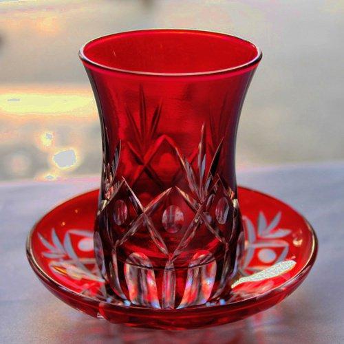 トルコのチャイグラス&ソーサー 切子レッド