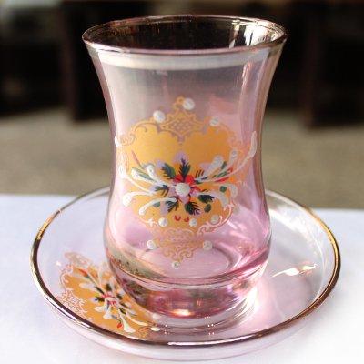 トルコのチャイグラス&ソーサー ピンク&シルバー装飾付き