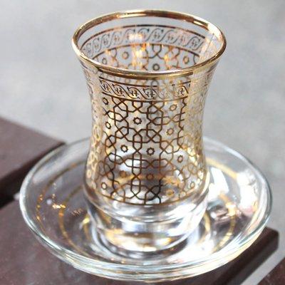 トルコのチャイグラス&ソーサー ゴールドメッシュフラワー