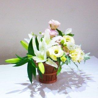 お子様が亡くなられた時に贈るお花