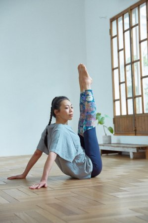 kusuma-leggings [TL11621]  yoga JOURNAL vol.73 HANAE先生着用商品