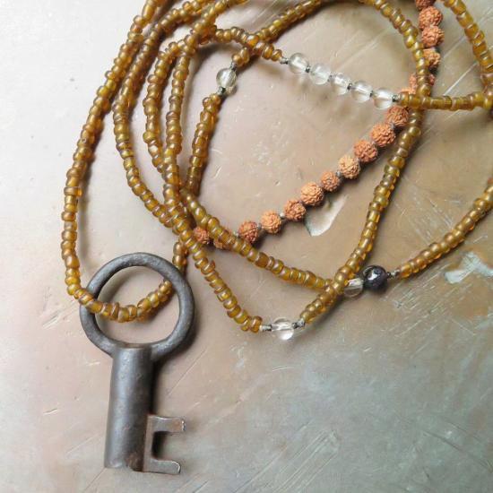 糸 和鍵 茶 +ルドラクシャ&ヒマラヤ水晶 ネックレス