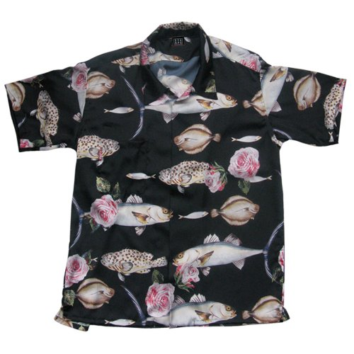 <img class='new_mark_img1' src='//img.shop-pro.jp/img/new/icons1.gif' style='border:none;display:inline;margin:0px;padding:0px;width:auto;' />FISH PATTERN SHIRTS
