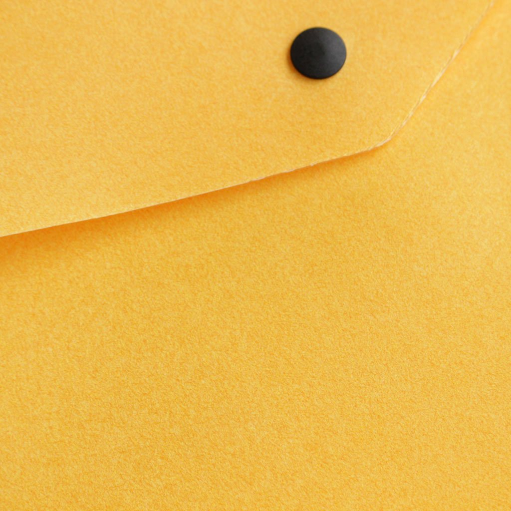 kiruna | キルナ DOCUMENTS CASE #yellow/naoron-tpu film