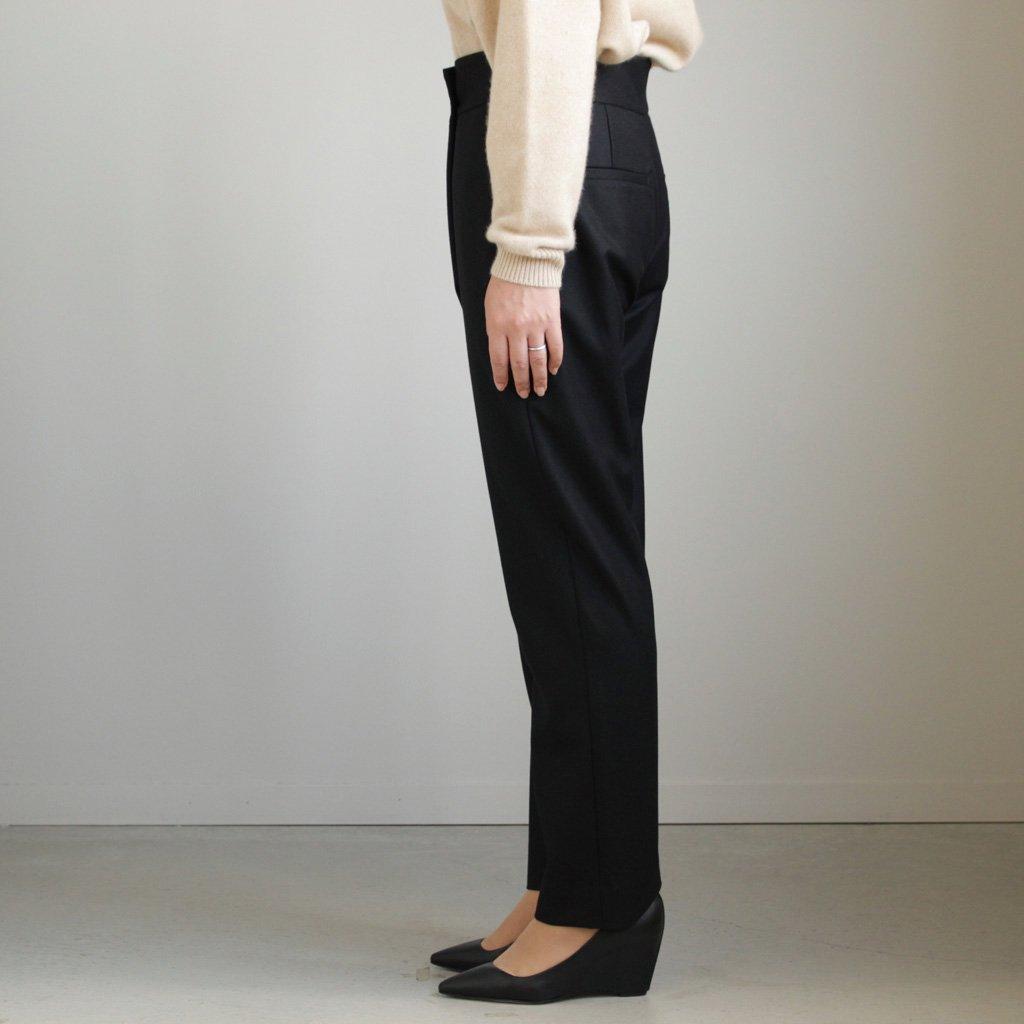 ATON | エイトン FRONT TUCK STRAIGHT PANTS #BLACK/SUPER 140 FLANNEL [PRAGLW0904]