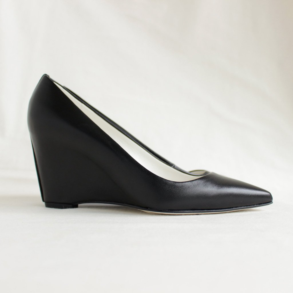 HIGH POINTED MONOCROME #BLACK [BSS1712005]