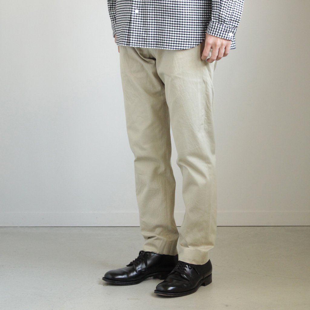 YAECA | ヤエカ CHINO CLOTH PANTS - STANDARD #BEIGE [17653]