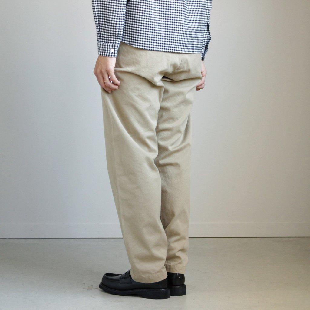 YAECA | ヤエカ CHINO CLOTH PANTS - WIDE TAPARED #KHAKI [67652]