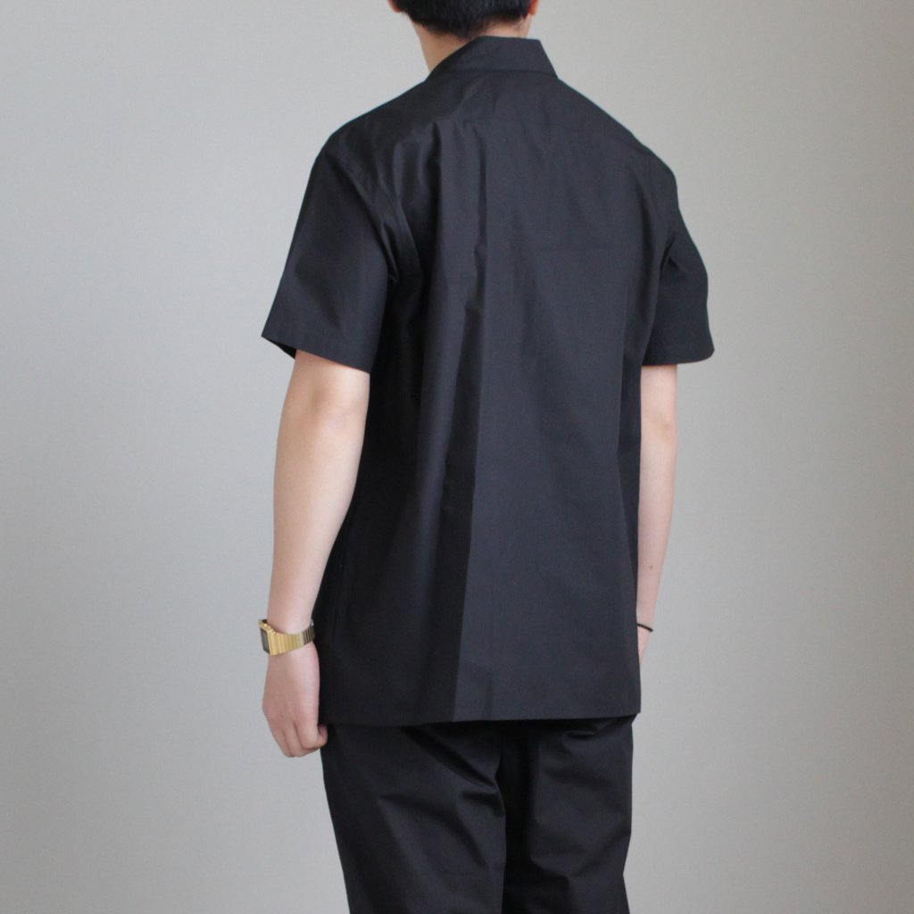 Graphpaper | グラフペーパー TYPEWRITER S/S BOX SHIRT #BLACK [GM181-50080B]