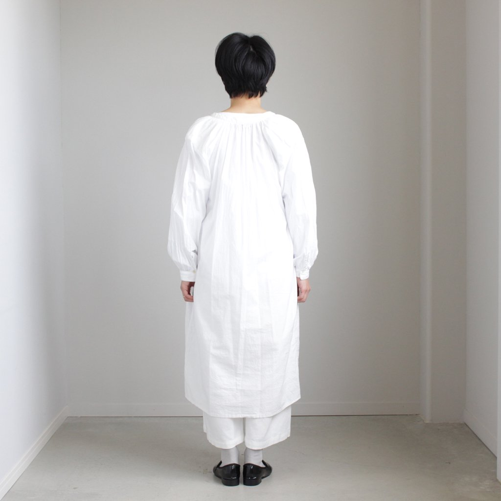 GATHER ONE-PIECE #WHITE [98108]