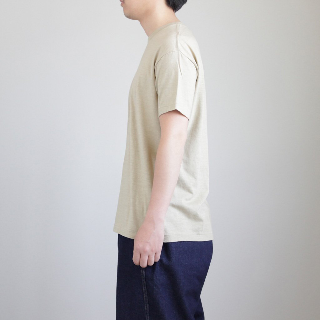 SEAMLESS CREW NECK TEE #BEIGE [A00T01ST]
