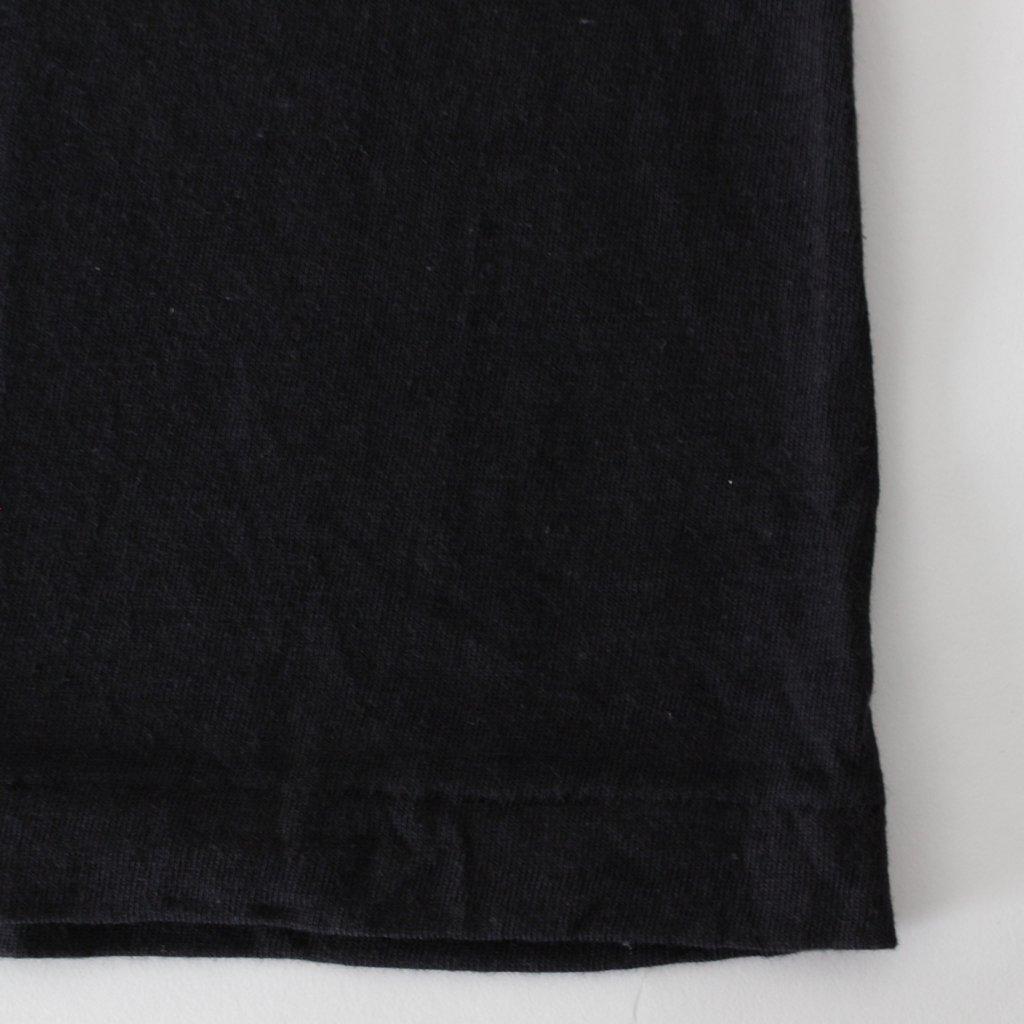 SEAMLESS CREW NECK SLEEVELESS #BLACK [A8ST07ST]