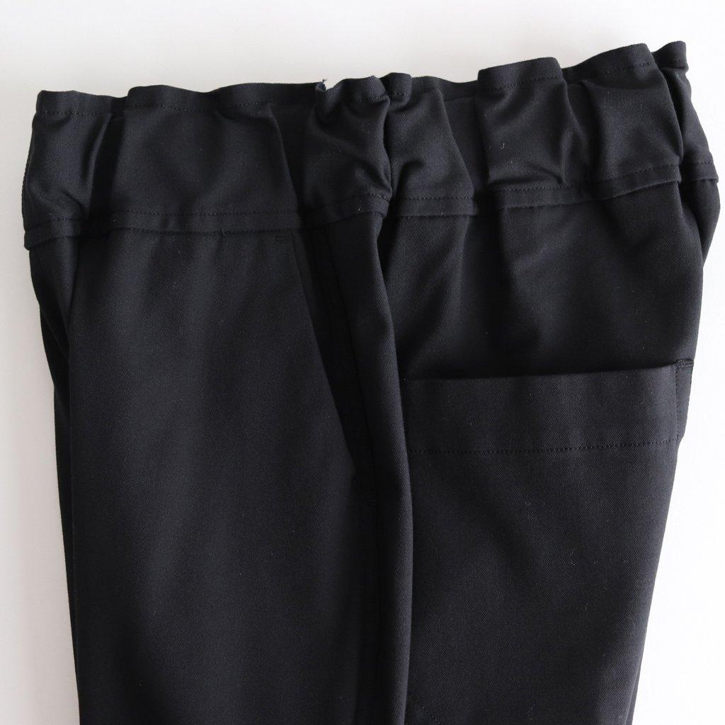 FBZPT|コットンポリエステル混紡糸2ウェイストレッチツイル イージーテーパードパンツ #BLACK [A8-FR042PF]