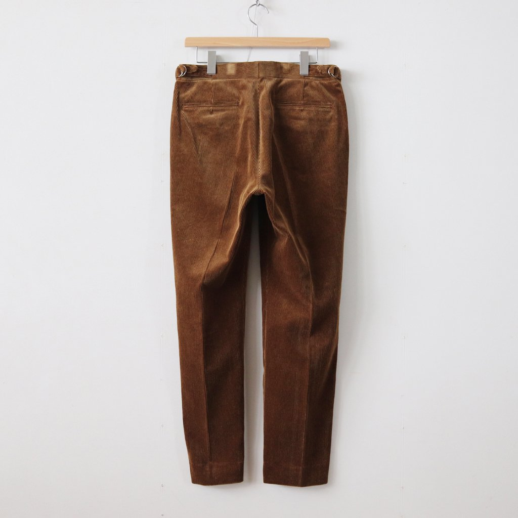 WASHED CORDUROY TAPERED SLACKS #BROWN [A8AP02FN]