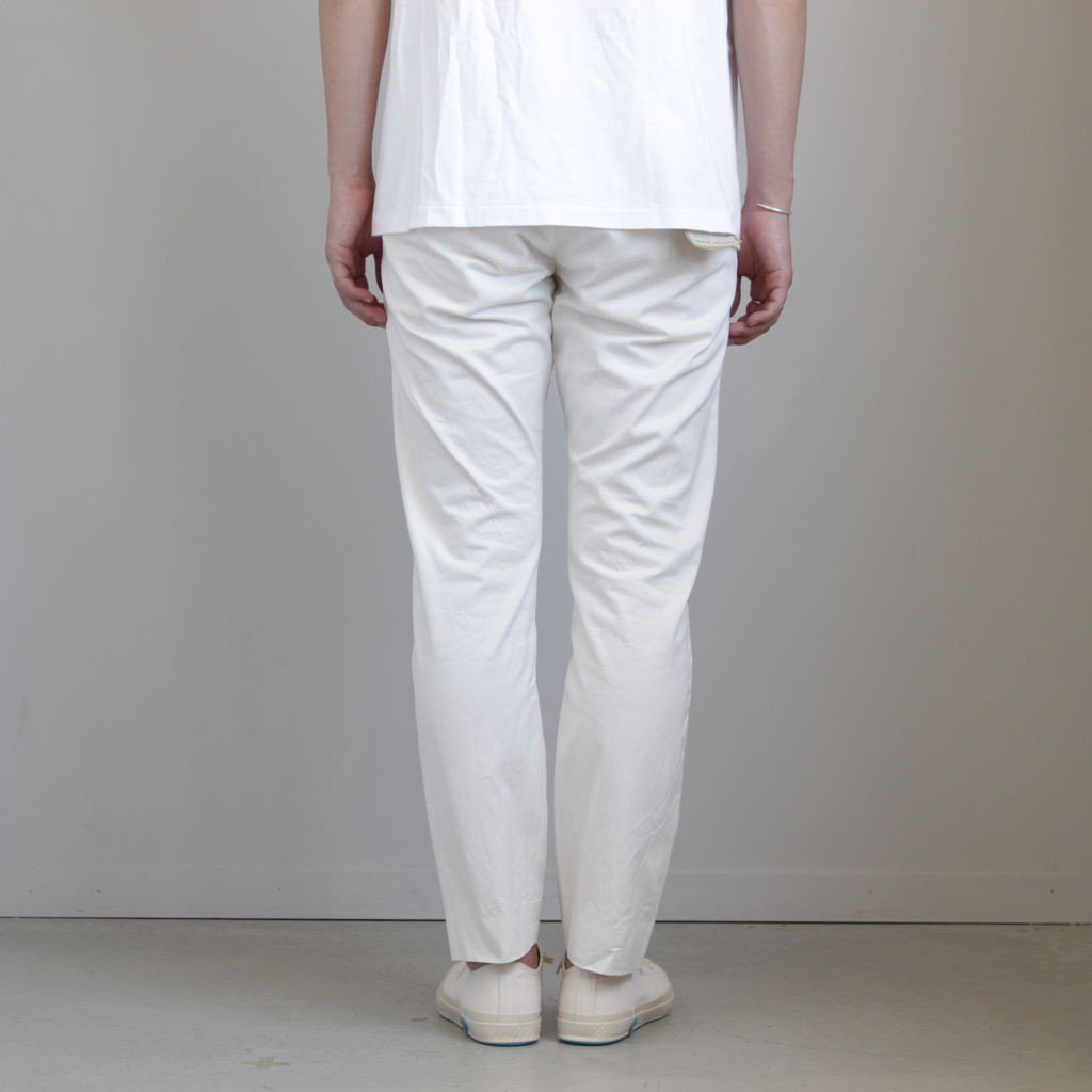 <img class='new_mark_img1' src='https://img.shop-pro.jp/img/new/icons1.gif' style='border:none;display:inline;margin:0px;padding:0px;width:auto;' />CHINO CLOTH PANTS NARROW #WHITE [19607]