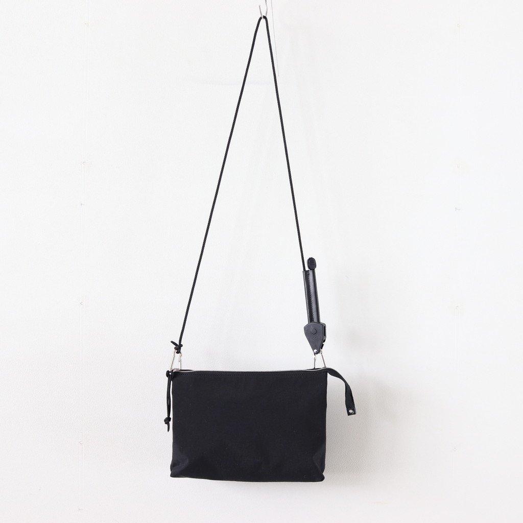 PAWL SHOULDER BAG #BLACK [B01IBG-150N]