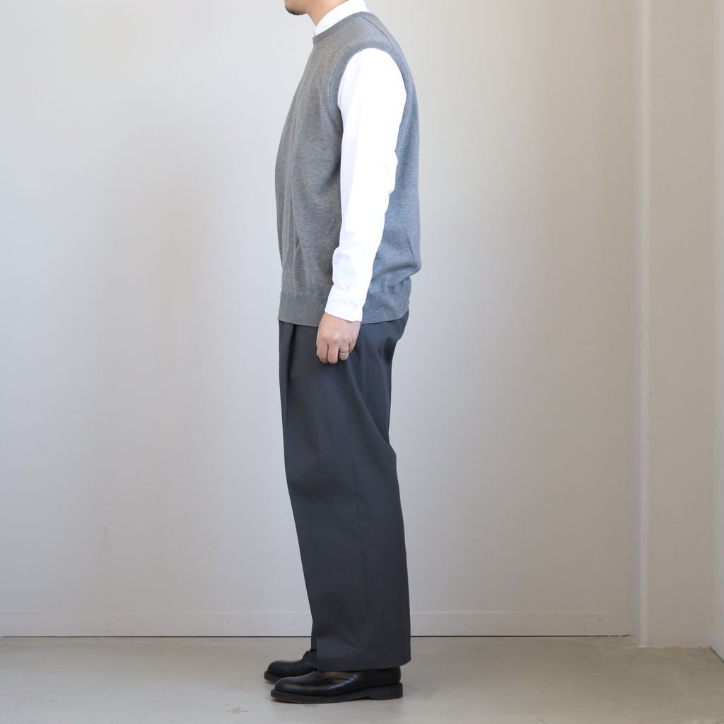 <img class='new_mark_img1' src='https://img.shop-pro.jp/img/new/icons1.gif' style='border:none;display:inline;margin:0px;padding:0px;width:auto;' />WIDE STRAIGHT TROUSERS #DE.TAUPE [ST.130]