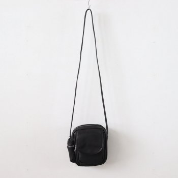 DEER SHOULDER POUCH #BLACK [DA05] _ Aeta | アエタ
