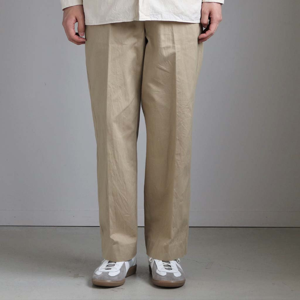 <img class='new_mark_img1' src='https://img.shop-pro.jp/img/new/icons1.gif' style='border:none;display:inline;margin:0px;padding:0px;width:auto;' />CHINO CLOTH PANTS CREASED #KHAKI [10605]