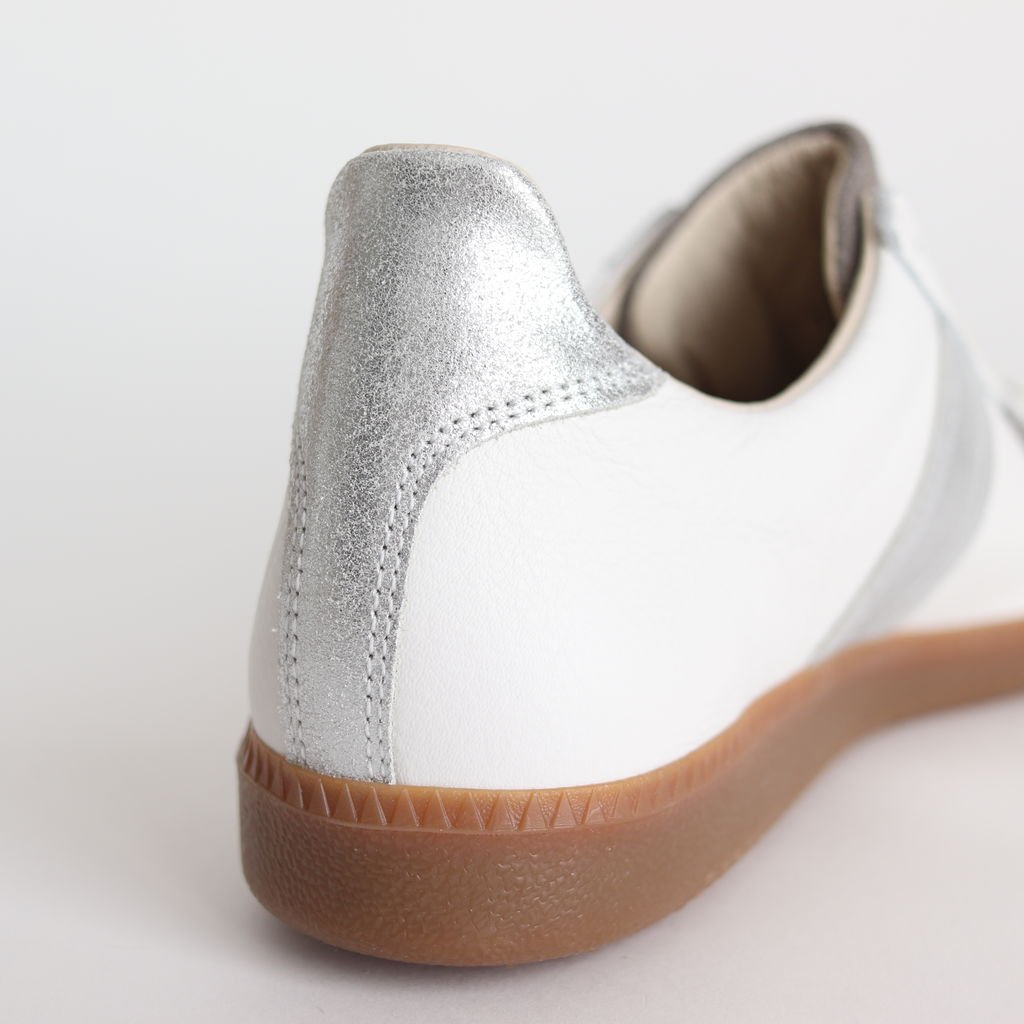 REPRODUCTION OF FOUND for Graphpaper GERMAN MILITARY TRAINER #WHT×SILVER [GU201-90173]