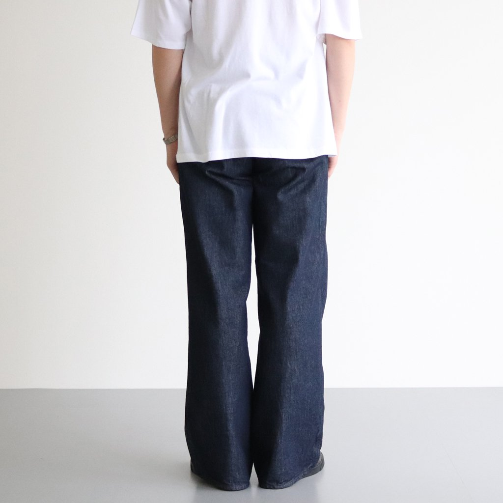<img class='new_mark_img1' src='https://img.shop-pro.jp/img/new/icons1.gif' style='border:none;display:inline;margin:0px;padding:0px;width:auto;' />HARD TWIST DENIM WIDE SLACKS #INDIGO [A20AP02DM]