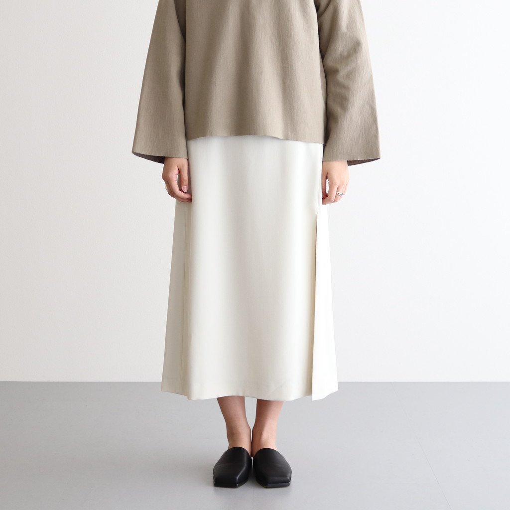 <img class='new_mark_img1' src='https://img.shop-pro.jp/img/new/icons1.gif' style='border:none;display:inline;margin:0px;padding:0px;width:auto;' />WOOL MAX SERGE SKIRT #IVORY [A20AS03MS]