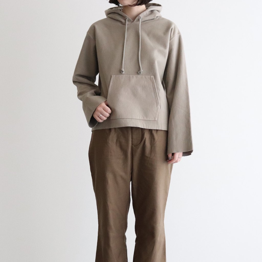 <img class='new_mark_img1' src='https://img.shop-pro.jp/img/new/icons1.gif' style='border:none;display:inline;margin:0px;padding:0px;width:auto;' />SUPER MILLED SWEAT CUT-OFF P/O PARKA #KHAKI GRAY [A20AP04SM]