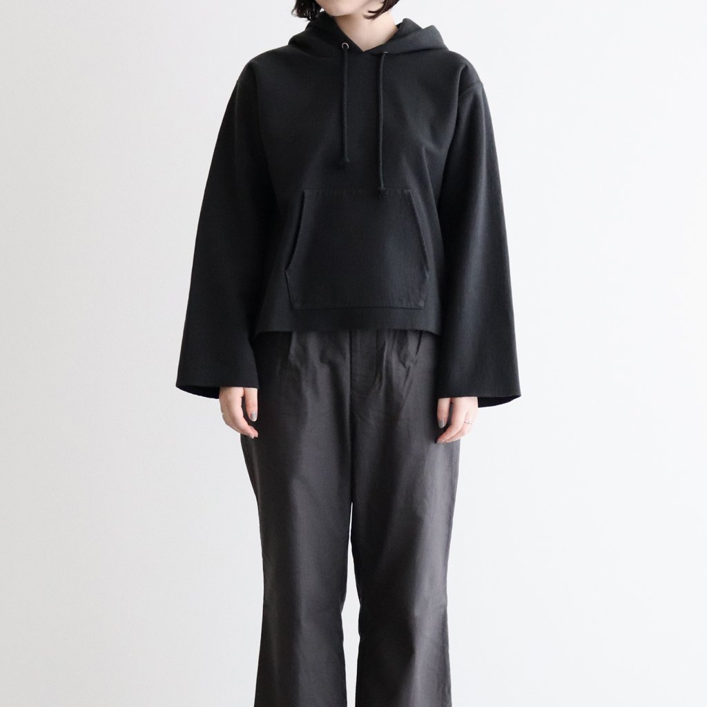 <img class='new_mark_img1' src='https://img.shop-pro.jp/img/new/icons1.gif' style='border:none;display:inline;margin:0px;padding:0px;width:auto;' />SUPER MILLED SWEAT CUT-OFF P/O PARKA #BLACK [A20AP04SM]