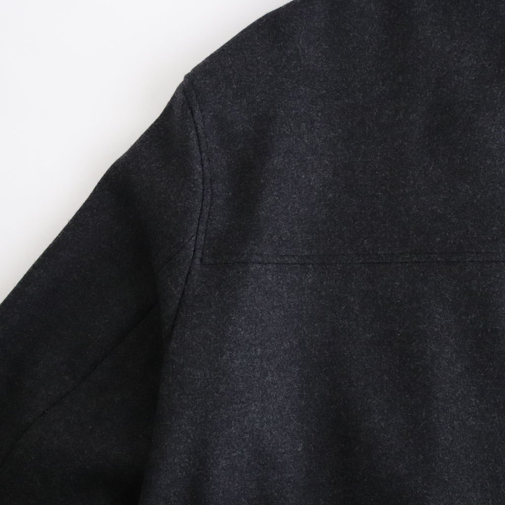 <img class='new_mark_img1' src='https://img.shop-pro.jp/img/new/icons1.gif' style='border:none;display:inline;margin:0px;padding:0px;width:auto;' />LIGHT MELTON HOODED COAT #TOP CHARCOAL [A20AC03LM]