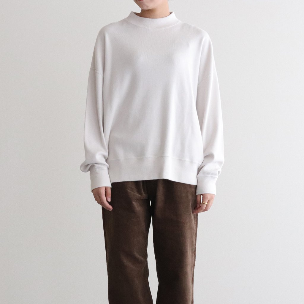 <img class='new_mark_img1' src='https://img.shop-pro.jp/img/new/icons1.gif' style='border:none;display:inline;margin:0px;padding:0px;width:auto;' />MOCK NECK LONG T-SHIRT #IVORY [H2002-CS002]