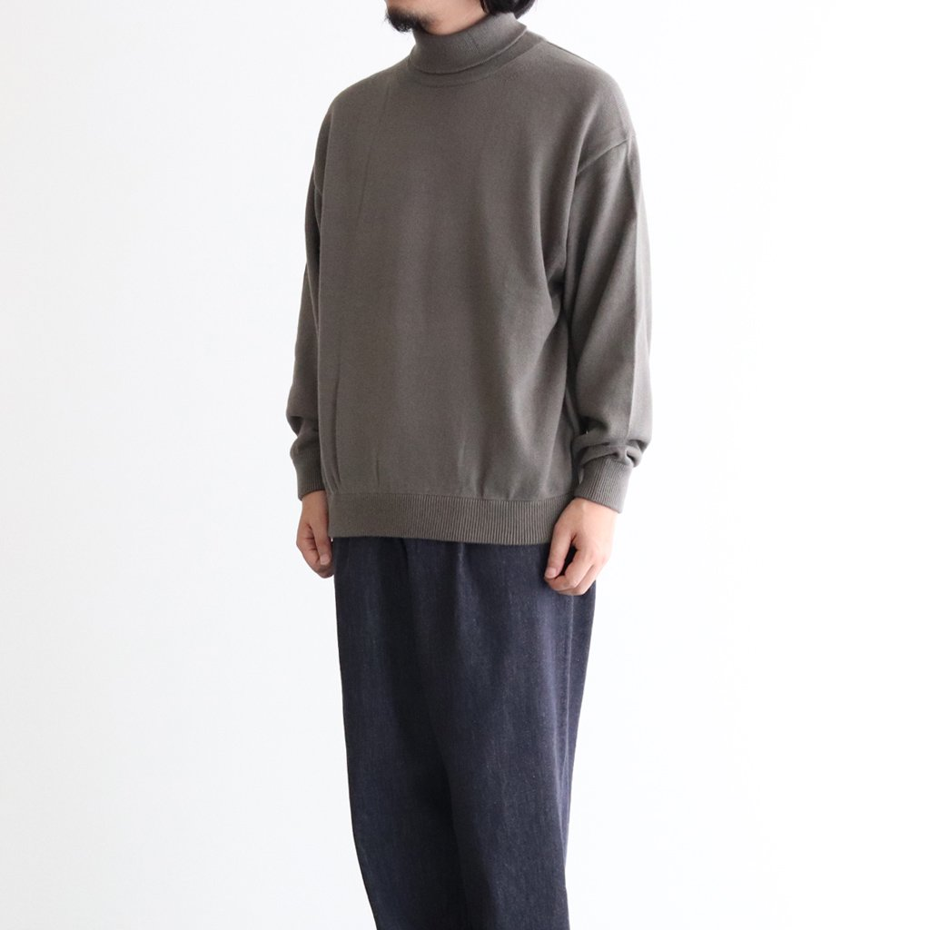 <img class='new_mark_img1' src='https://img.shop-pro.jp/img/new/icons1.gif' style='border:none;display:inline;margin:0px;padding:0px;width:auto;' />COTTON CASHMERE TURTLE #KHAKI [2003-007]