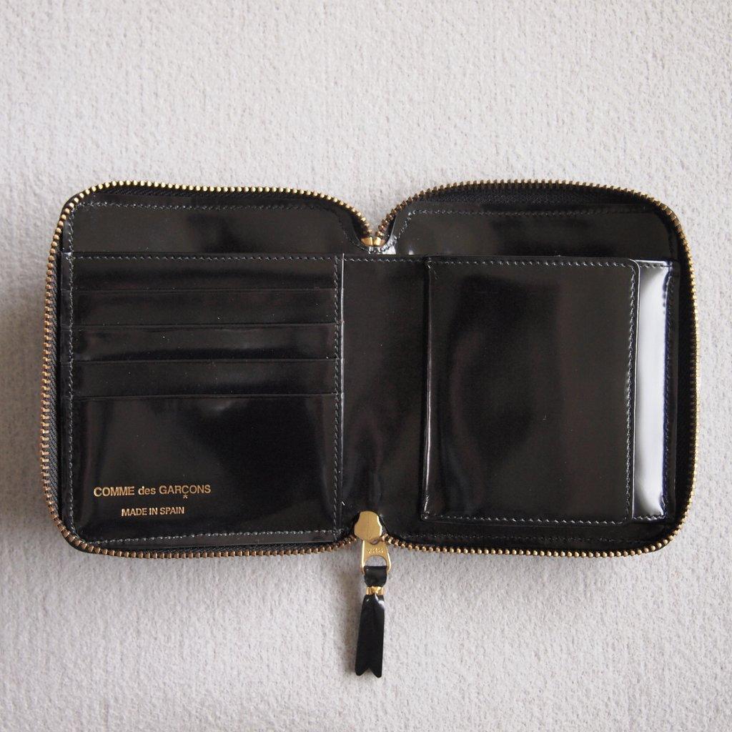 二つ折りZIP財布 SA2100NE #BLACK/POLKA DOTS EMBOSSED [8Z-F021-051]