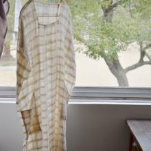 手紡ぎの布 コットンシルクのワンピース
