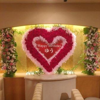 壁面ハート生花装飾
