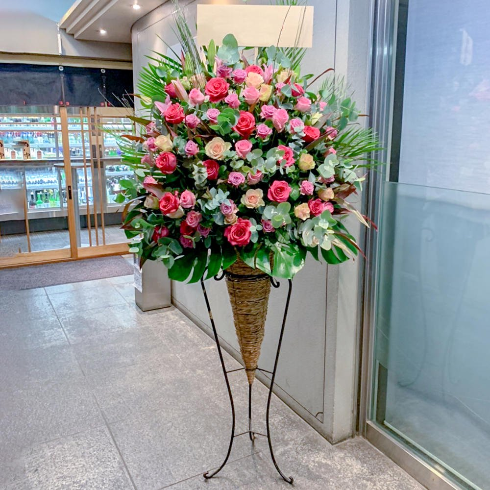 赤バラコーンスタンド花