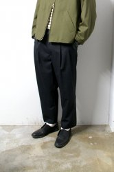 URU(ウル)/WOOL 2TUCK EASY PANTS/Charcoal