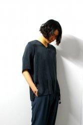ETHOSENS(エトセンス)/Silk V-neck pullover/Black