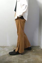 LIBERUM(リベルム)/Side slit slacks/Beige