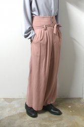 ETHOSENS(エトセンス)/Embossed high-waisted slacks/Pink