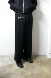 LIBERUM(リベルム)/Zip pocket straight pants/Black