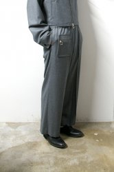 LIBERUM(リベルム)/Zip pocket straight pants/Gray