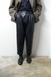 stein(シュタイン)/FAKE LEATHER WIDE TROUSERS/Dark charcoal