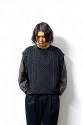 URU(ウル)/KNIT VEST(TYPE B)/Charcoal