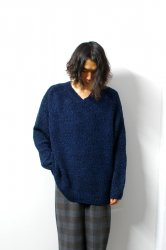 URU(ウル)/V NECK KNIT/Navy