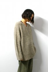 URU(ウル)/V NECK KNIT/Brown