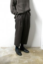 URU(ウル)/WOOL 1TUCK PANTS/Charcoal